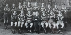 19490901 1949-50 Team Photo (2)