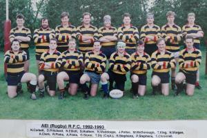19920901 1992-93 team pic (2)