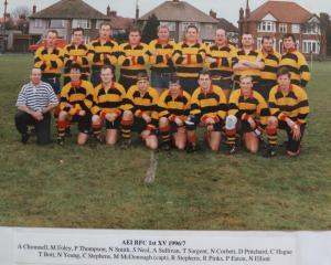 19960901 1996-97 Team Photo