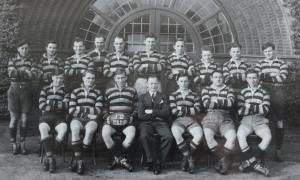 19490901 1949-50 Team Photo (3)