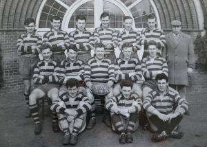 19580901 1958-1959 Team Photo